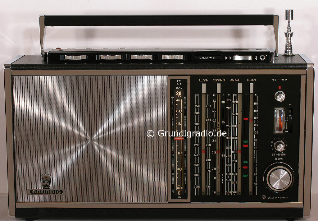 Grundig Satellit 210 Amateur